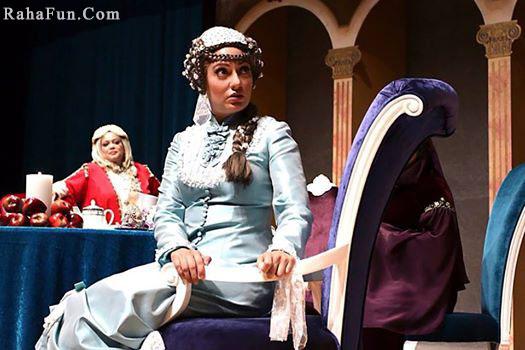 عکس های از نمایش دور همی زنان شکسپیر