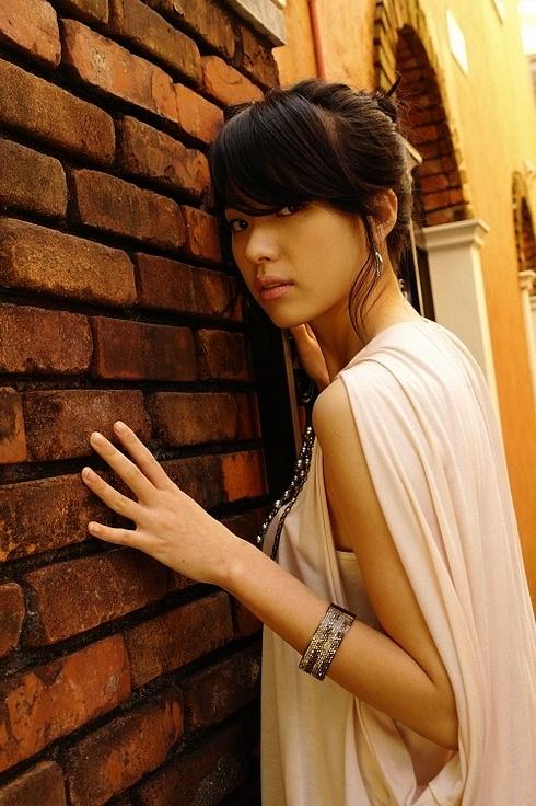 عکس های جذاب و جنجالی دونگ یی|www.rahafun.com