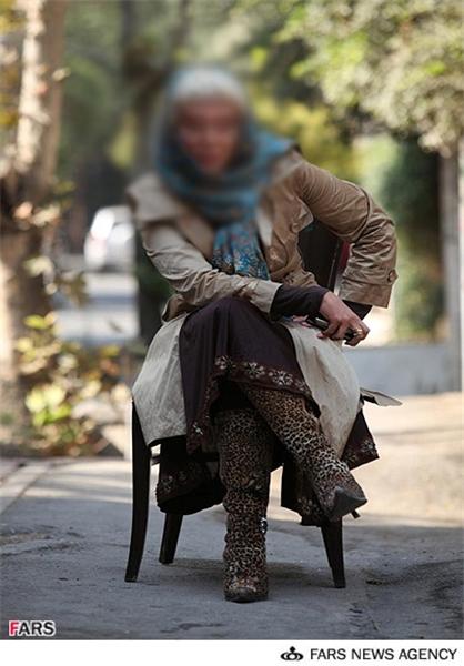 عکس غیرمتعارف و مخالف با هنجارهای یک بازیگر زن!|www.rahafun.com