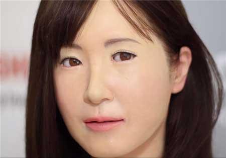 رونمایی از ربات انسان نما مخصوص ناشنوایان