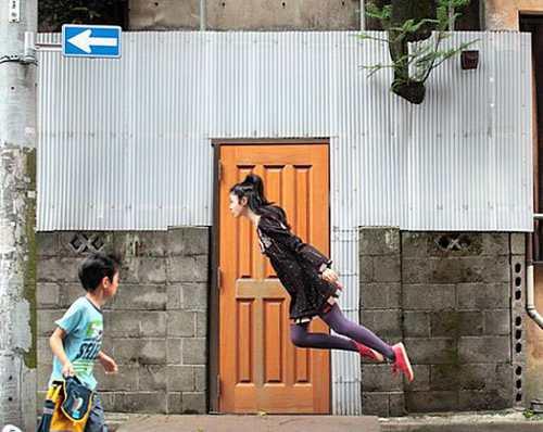 عکس های جالب و دیدنی از پرواز کردن دختر پرنده