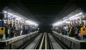 خودکشی یک زن در متروی ولیعصر