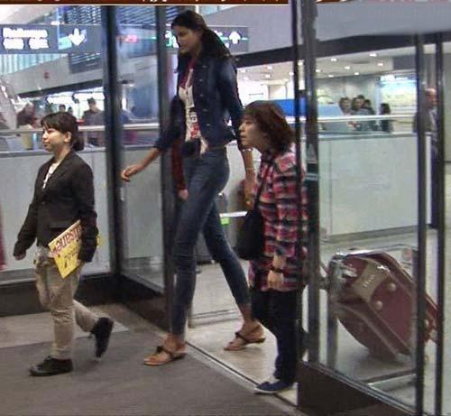 عکس بلندترین دخترهای جهان
