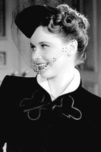 «راشل رابرترز» برای فیلم «این زندگی ورزشی» در سال ۱۹۶۳ نامزد اسکار شد و پس از جدایی از «رکس هریسون» دچار افسردگی شدیدی شد. وی در سال ۱۹۸۰ پس از مصرف مقدار قابل ملاحظهای قرص خوابآور خودکشی کرد.   «ریچارد فارنسفورث» که در سال ۱۹۷۸ برای فیلم «یک اسبسوار میآید» و «داستان مستقیم» (۱۹۹۹) نامزد اسکار بازیگری شده بود، شش ماه پس از حضور در مراسم اسکار سال ۲۰۰۰ و در سن ۸۰ سالگی با اسلحه خودکشی کرد.   سوزان پیترز» که برای فیلم «خرمن تصادفی» در سال ۱۹۴۲ و در ۲۱ سالگی نامزد اسکار بازیگری شد و نام خود را به یکی از جوانترین نامزدهای اسکار تاریخ ثبت کرد، دو سال بعد و در حالی که با همسرش به شکار رفته بود بر اثر اصابت تصادفی یک گلوله فلج شد و پس از آن به افسردگی شدید مبتلا شد و در نهایت از غذا خوردن دست کشید تا این که در سال ۱۹۵۲ بر اثر گرسنگی و نارسایی کلیوی درگذشت.