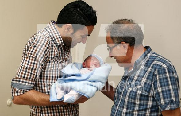عکس پسر تازه به دنيا آمده جواد نكونام