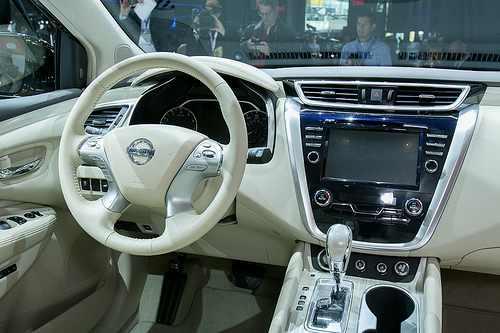 خودرویی که می تواند خطر ا وقوع تصادف را پیش بینی کند
