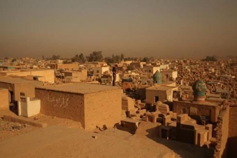 عکس بزرگ ترین قبرستان جهان