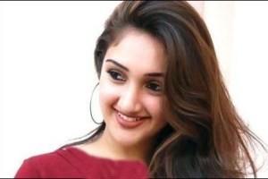 پربیننده ترین عکس دختر عربی در اینترنت|www.rahafun.com