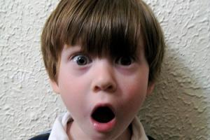 تصاویری از بیماری وحشتناک یک پسربچه!!