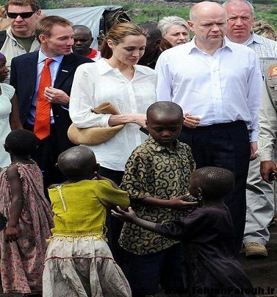 عکس آنجلینا جولی در آفریقا
