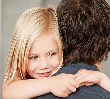 ba2940 1 نحوه رفتار پدر با دختر در دوران بلوغ
