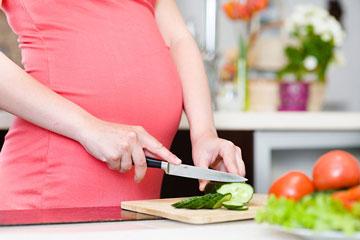 رژیم غذایی مفید برای زنان باردار چیست ؟