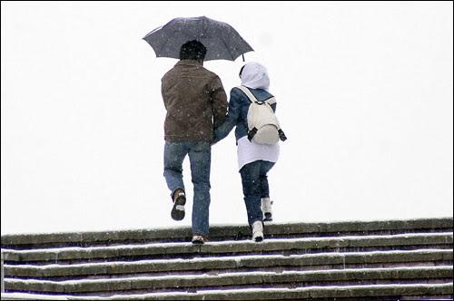 ارتباط با جنس مخالف ، سن ازدواج را افزایش میدهد|www.rahafun.com