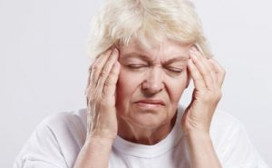 علل سرگیجه گرفتن و راه درمان ان چیست