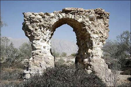 پل تاریخی لاتیدان که به طولانیترین پل تاریخی ایران