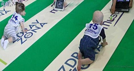 عکس بامزه مسابقه دویدن نوزادان