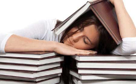 چکار کنیم موقع درس خواندن خوابمان نگیرد
