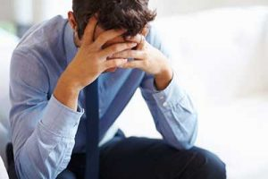 نشانه ها و عوارض استرس بیش از حد چیست
