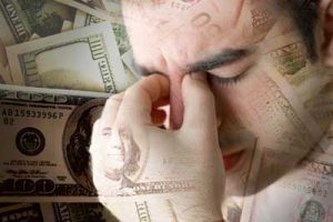 چگونه با وجود مشکلات مالی زندگی عاشقانه ای داشته باشیم