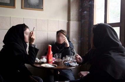 عکس دختران سیگاری