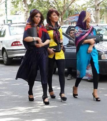 rahafun.com ax 2khtara bihejab tehrani 10 عکس دخترهای بی حجاب تهرانی
