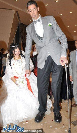 عکس مراسم عروسی بلند قد ترین مرد جهان