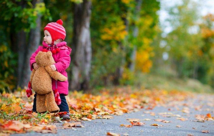 عکس زیبا کودکان در فصل پاییز,عکس بچه خوشگل و ناز