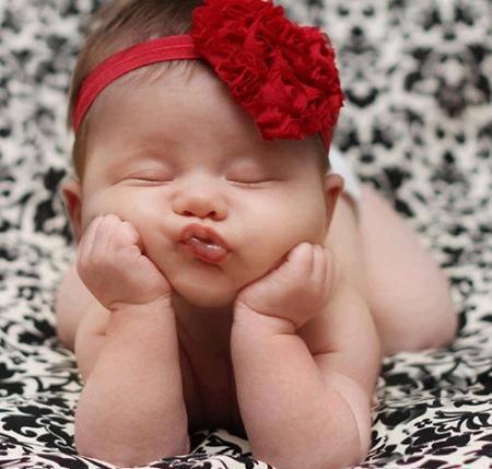 عکس دختر خوشگل ناز که خوابیده