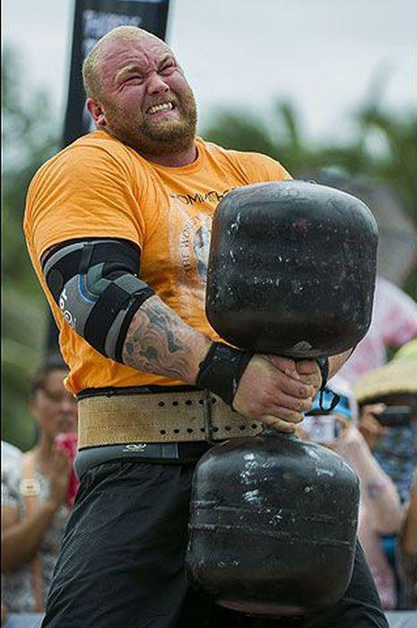 عکس مسابقات قویترین مردان در خارج,سری جدید مسابقات قویترین مردان جهان