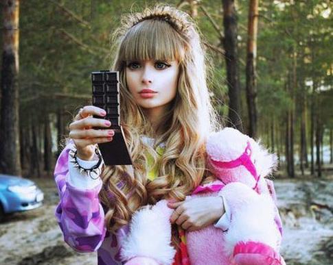 عکس های دختر باربی و خوشگل