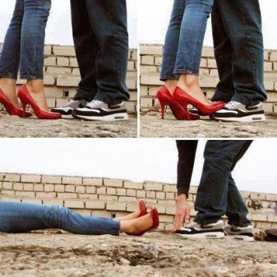 عشق مهم تره یا کفش ؟ عکس خنده دار