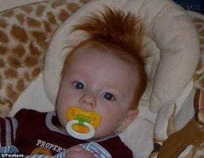 عکس بچه های بامزه با موهای فشن