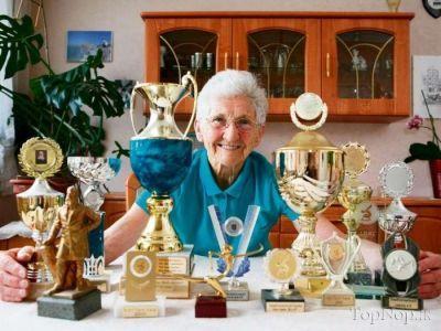عکس جالب پیرزن 86 ساله ورزشکار,تصاویر پیر زن