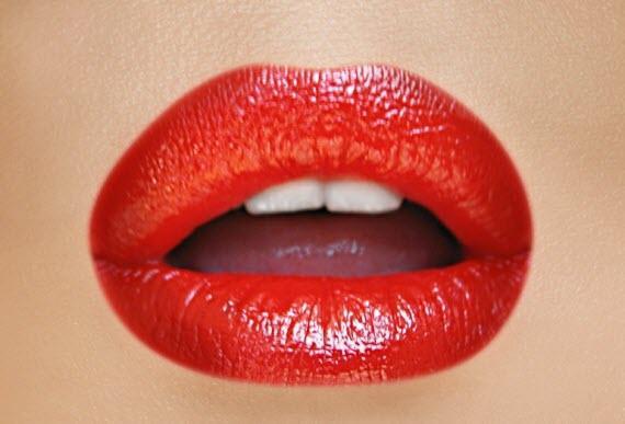 مدل های آرایش لب با رژ قرمز,آموزش آرایش رایگان