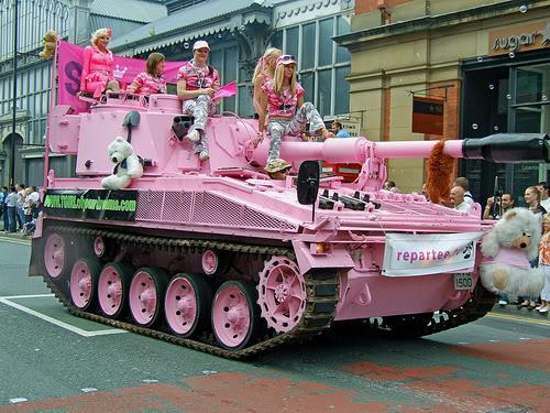 وقتی دخترها سرباز بشن - عکس خنده دار