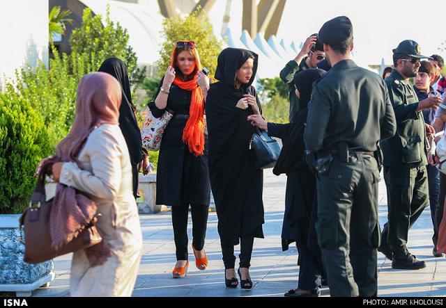 rahafun.com tasavir gshte ershad 1 عکس برخورد با بد حجابی در کنسرت مازیار فلاحی