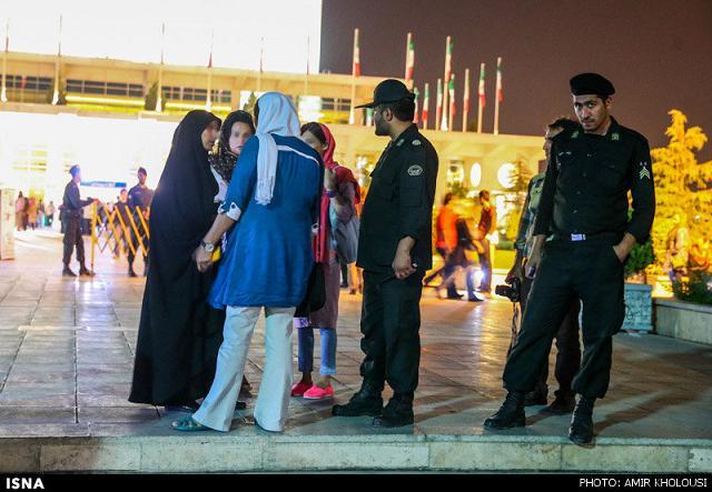 rahafun.com tasavir gshte ershad 21 عکس برخورد با بد حجابی در کنسرت مازیار فلاحی