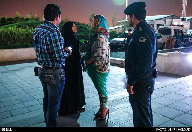 rahafun.com tasavir gshte ershad 23 عکس برخورد با بد حجابی در کنسرت مازیار فلاحی