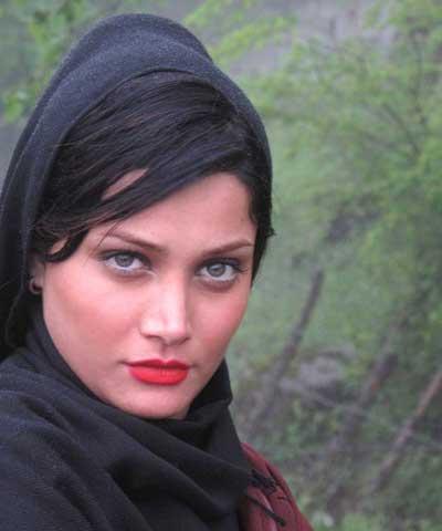 عکسهای دیدنی و بیوگرافی از تینا آخوندتبار|www.rahafun.com