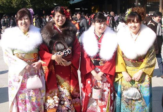 عکسهایی از جشن بلـوغ دختـرهای ژاپنی