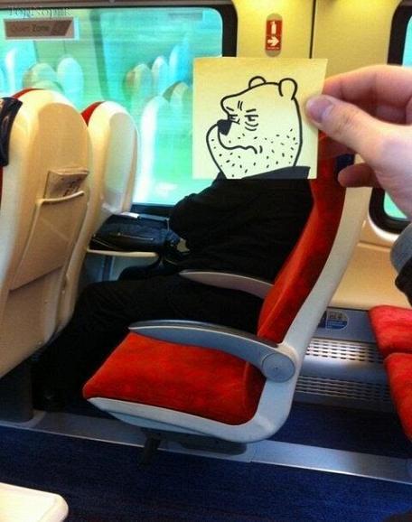 www.rahafun.com ebtekar metro 6 خلاقیت جالب برای وقت گذرانی در مترو