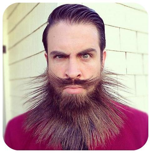 مدل های عجیب ریش این مرد را دیده اید؟