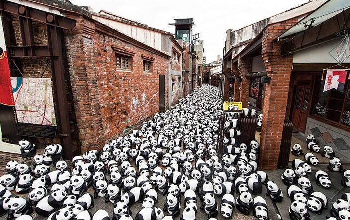 www.rahafun.com-paper-mache-panda-tour-paulo-grangeon-11 (4)
