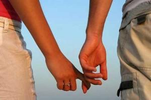 راه های صحیح ابراز علاقه زنان به همسر خود